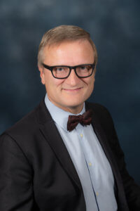Niklas Myhr, PhD, CSP, The Social Media Professor, Certified Speaking Professional